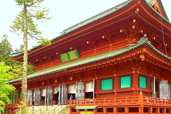 日光山輪王寺 三仏堂(本堂)