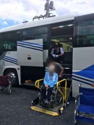 介護旅行-福祉向けリフト付き大型バス