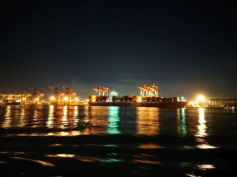 東海汽船:フェリーからの夜景
