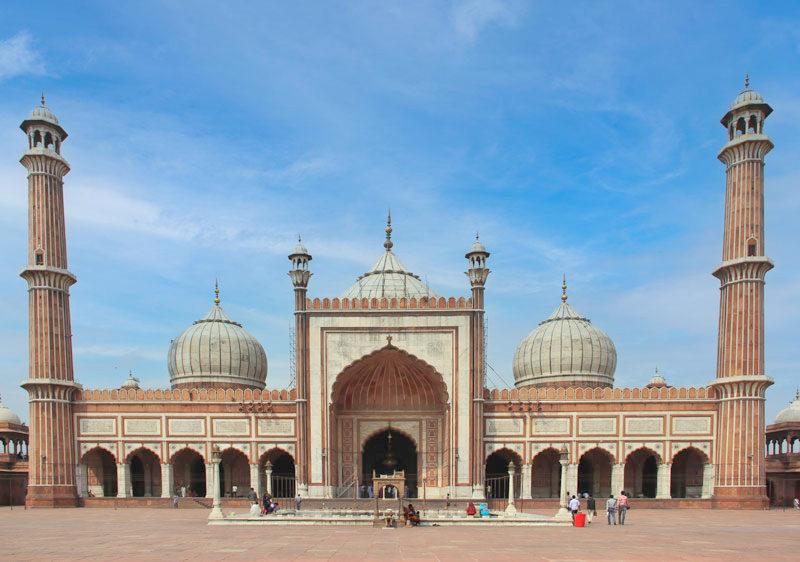 インド最大のモスクを見学!